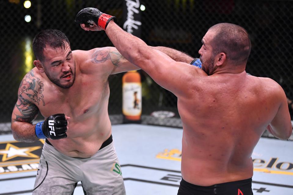 UFC Fight Night: Ivanov v Sakai