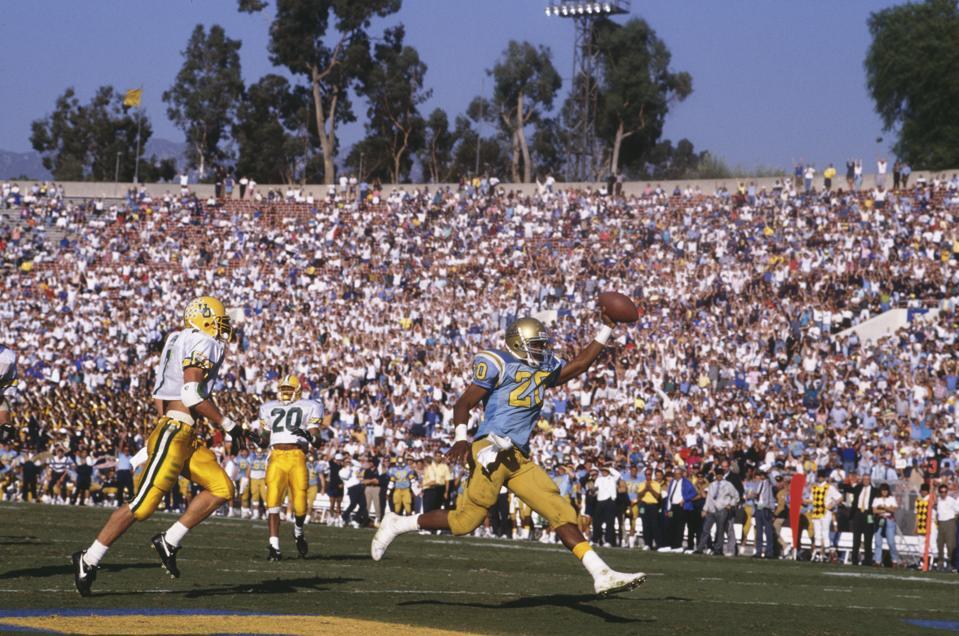 University of Oregon Ducks vs UCLA Bruins