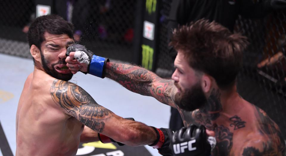 Ufc 250 Results Cody Garbrandt Smashes Raphael Assuncao With Last Second 1 Punch Ko Video