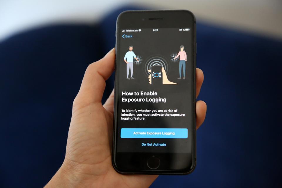Germany Launches ″Corona-Warn-App″ Covid-19 Tracking App