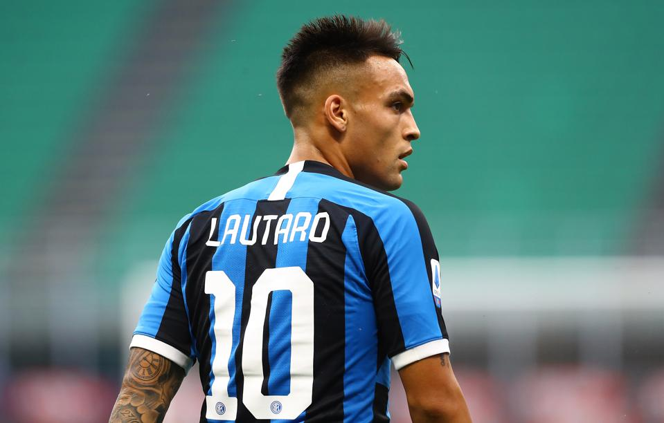 Inter Milan have lowered their asking price for FC Barcelona target Lautaro Martinez.