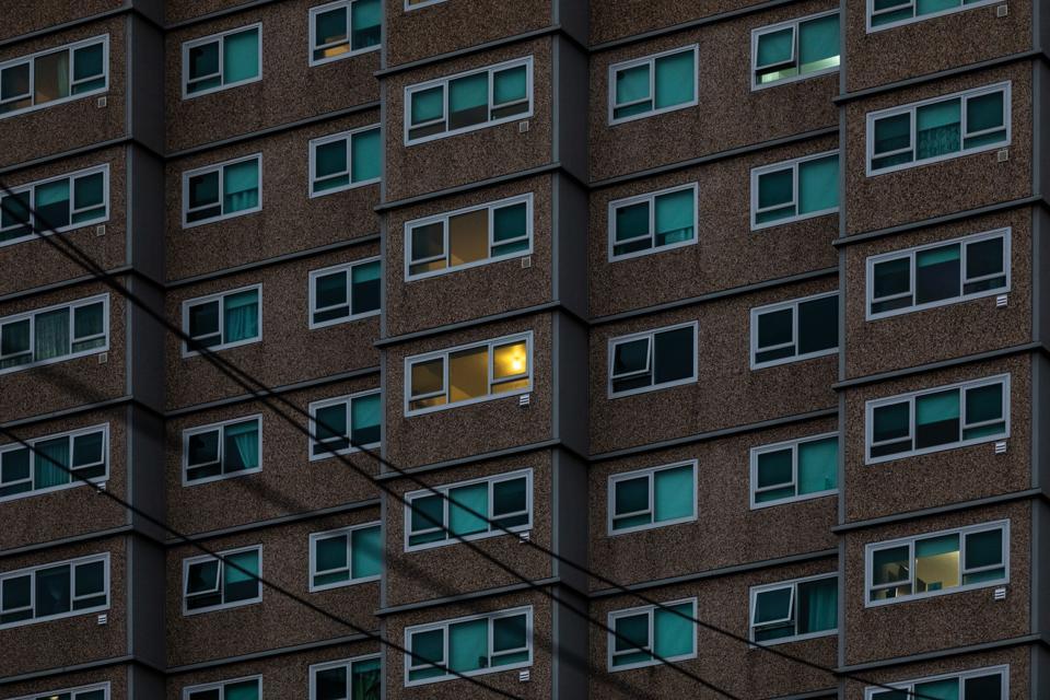 Melbourne COVID-19 Hotspot Suburbs In Lockdown Following Rise In Community Coronavirus Transmissions