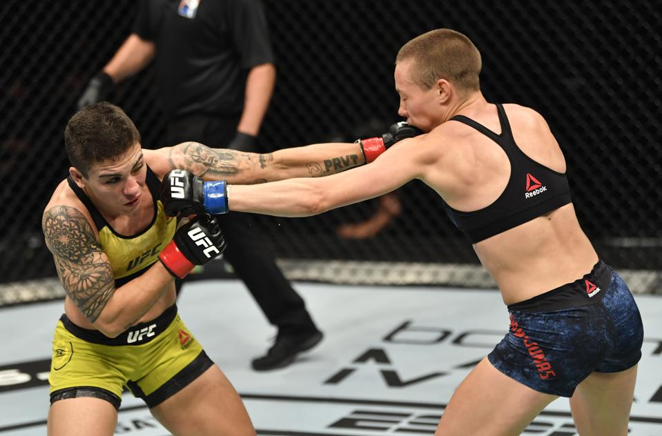 Rose Namajunas defeated Jessica Andrade on the UFC 251 pay-per-view card