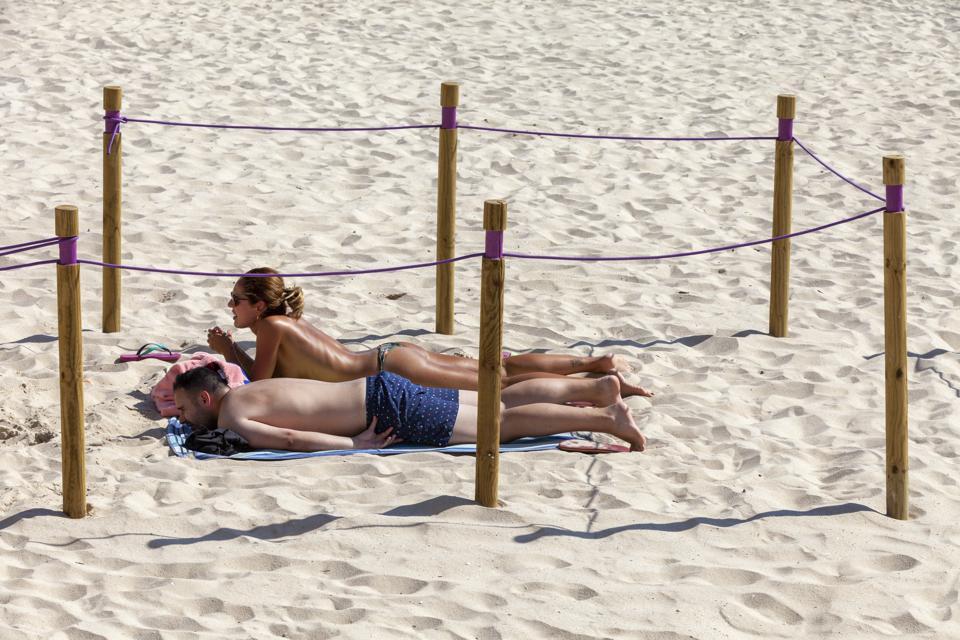 Sanxenxo Beach Takes Measures To Respect Social Distance Covid-19 coronavirus