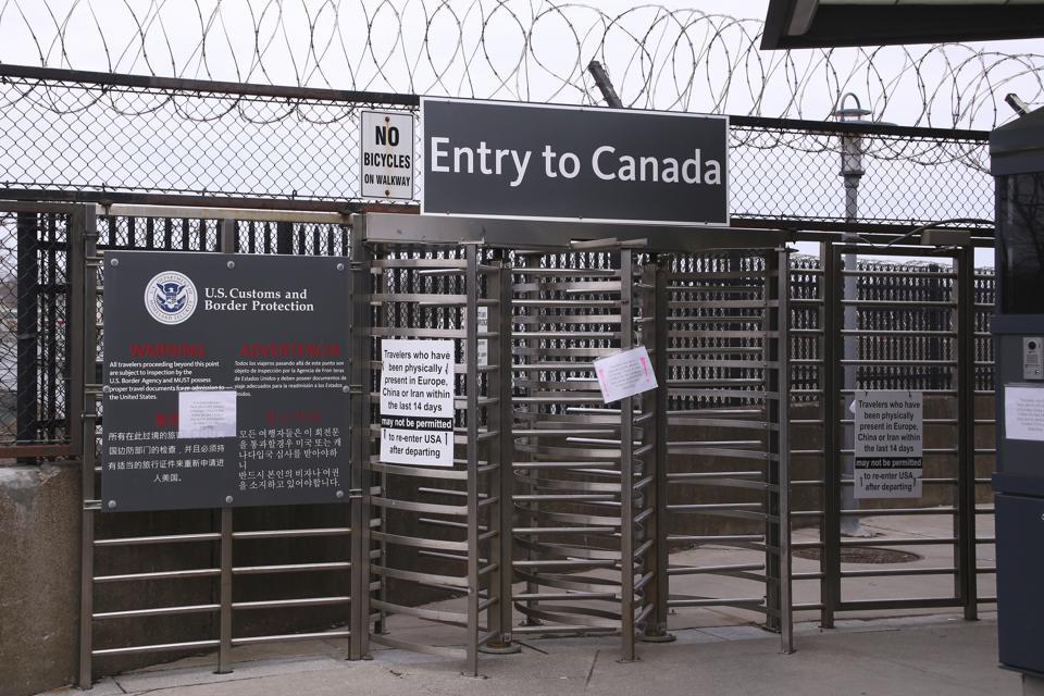Virus Outbreak US Canada Border