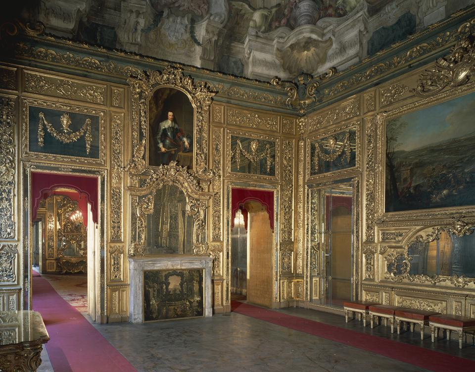 Room of the Battles in Carignano Palace...