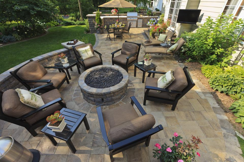 Garden Patio with fire pit and chairs