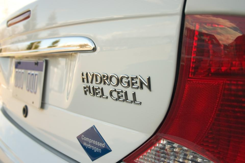 Hydrogen Fuel Cells Are Losing The Battery Electric Car Race, But It's Only Lap 1