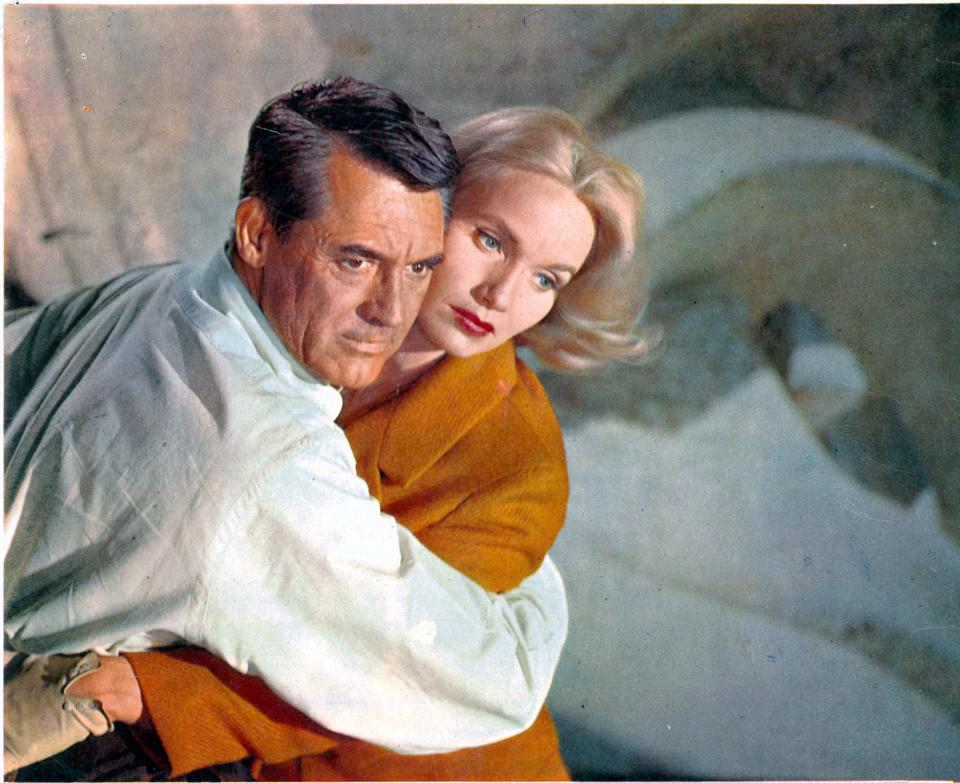 Cary Grant And Eva Marie Saint In 'North By Northwest'