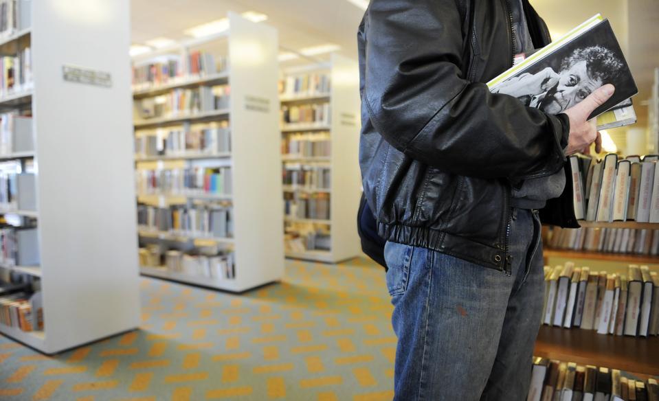 Vonnegut book in library