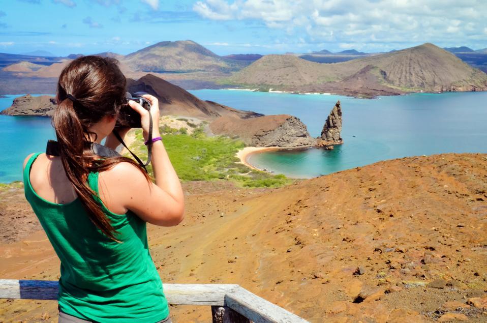 Pinnacle Rock, Galapagos