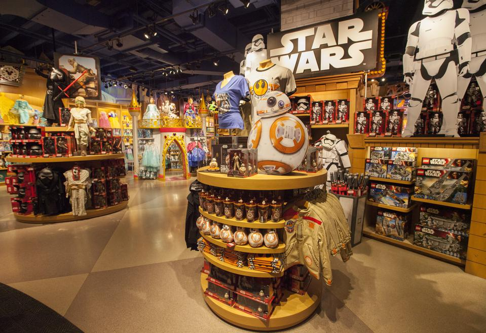 ″Force Friday″ at Disney Store Chicago