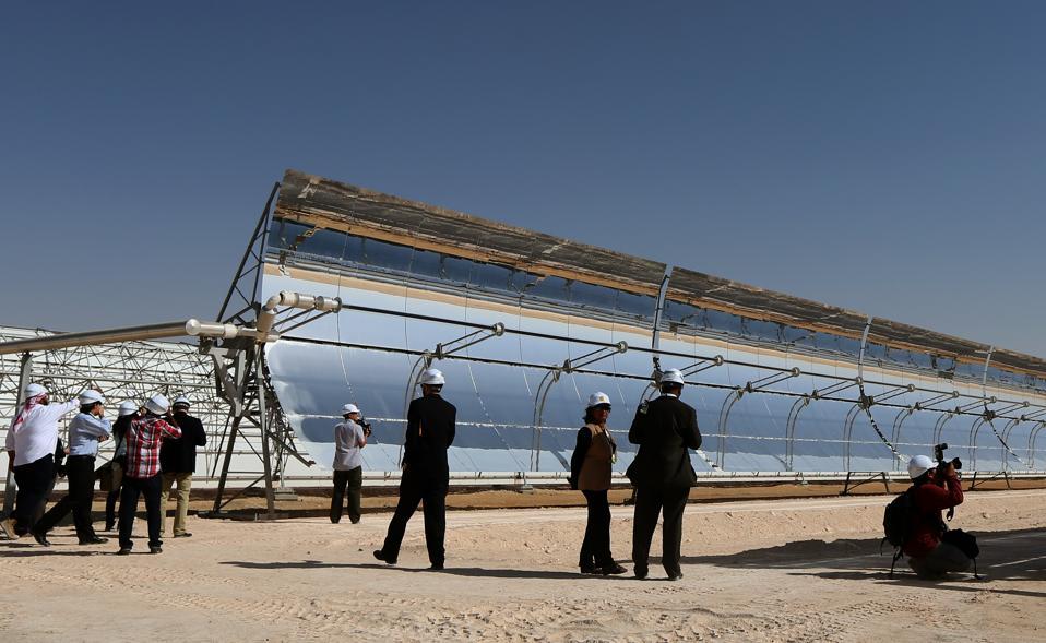 UAE-ENERGY-ENVIRONMENT-SOLAR