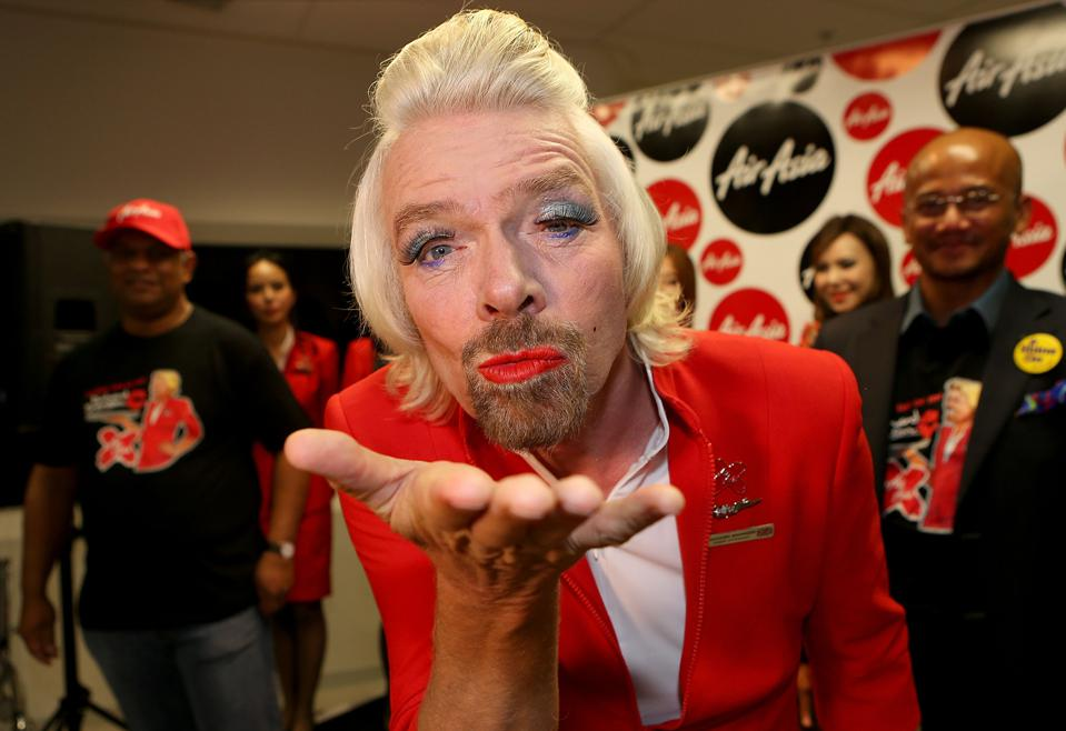 ″Stewardess″ Richard Branson Serves Passengers On AirAsia Flight