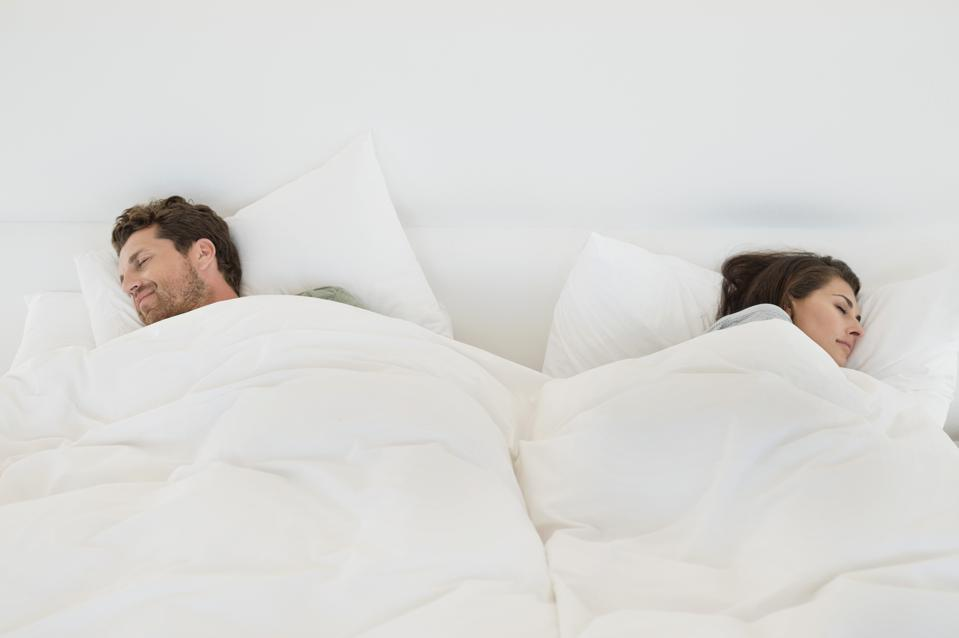 The Best Mattresses for Couples 2019