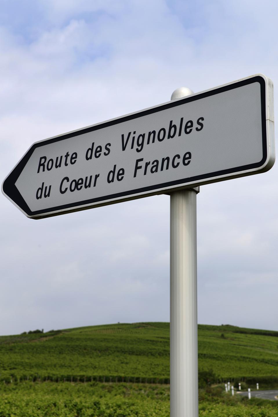 wine route along the vineyards of Sancerre