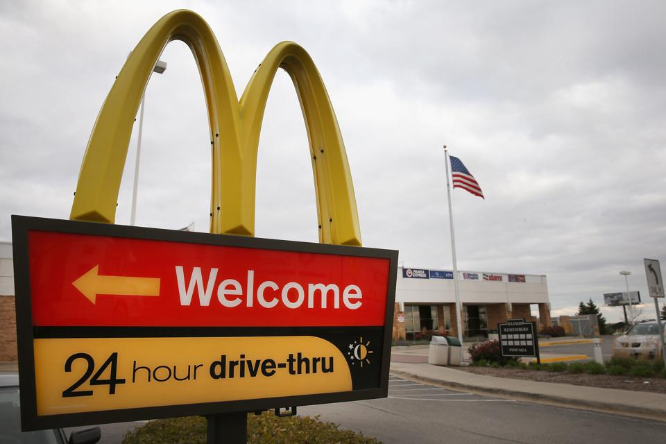 McDonald's and drive-through and Apprente