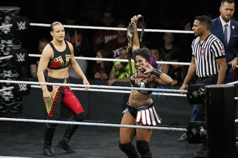 WWE NXT Take Over Philadelphia: Shayna Baszler vs. Ember Moon