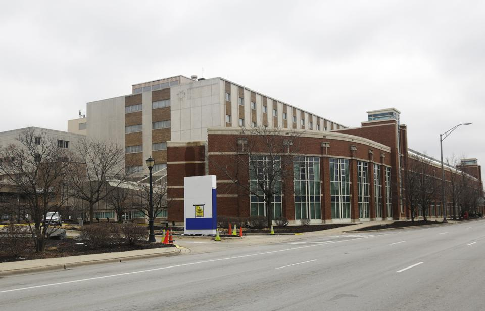 Photo of former MetroSouth Medical Center in Blue Island, IL
