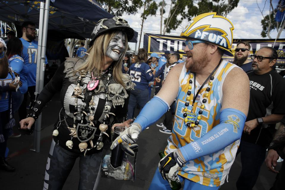 Raiders Chargers Football