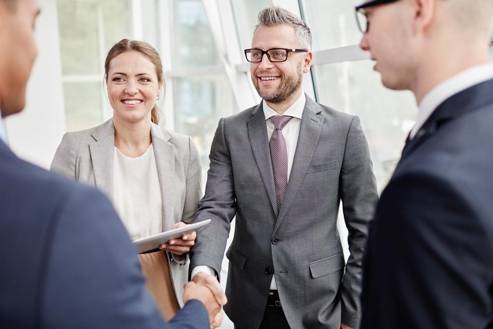 Connect Instantly And Make A Great First Impression In 60 Seconds