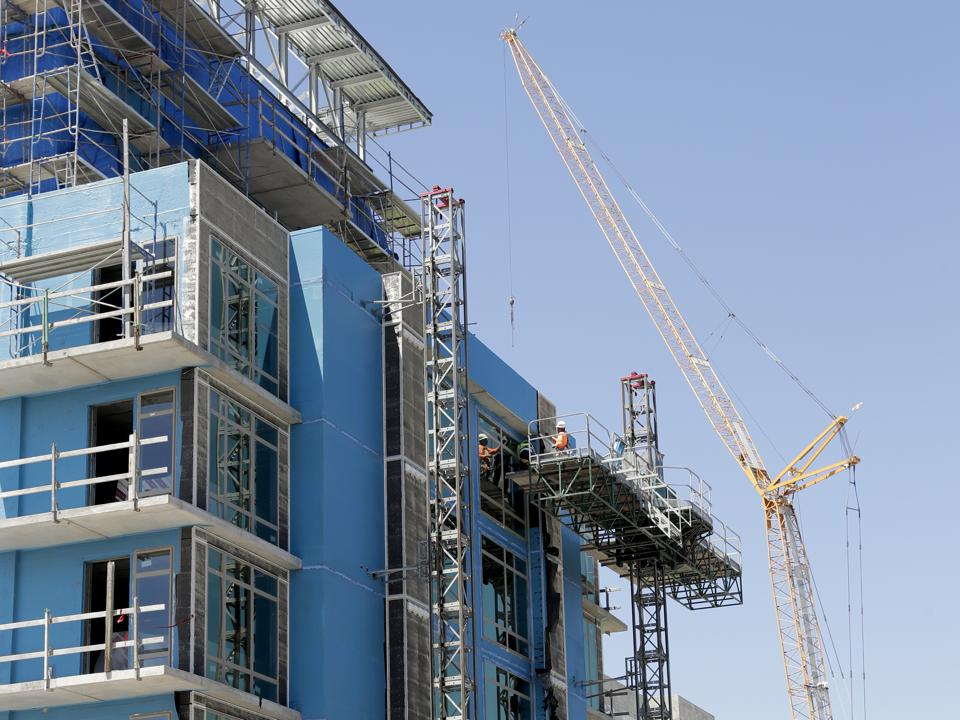 Apartment Demand From High-Income Renters Surging, Creating An Amenities Arms Race