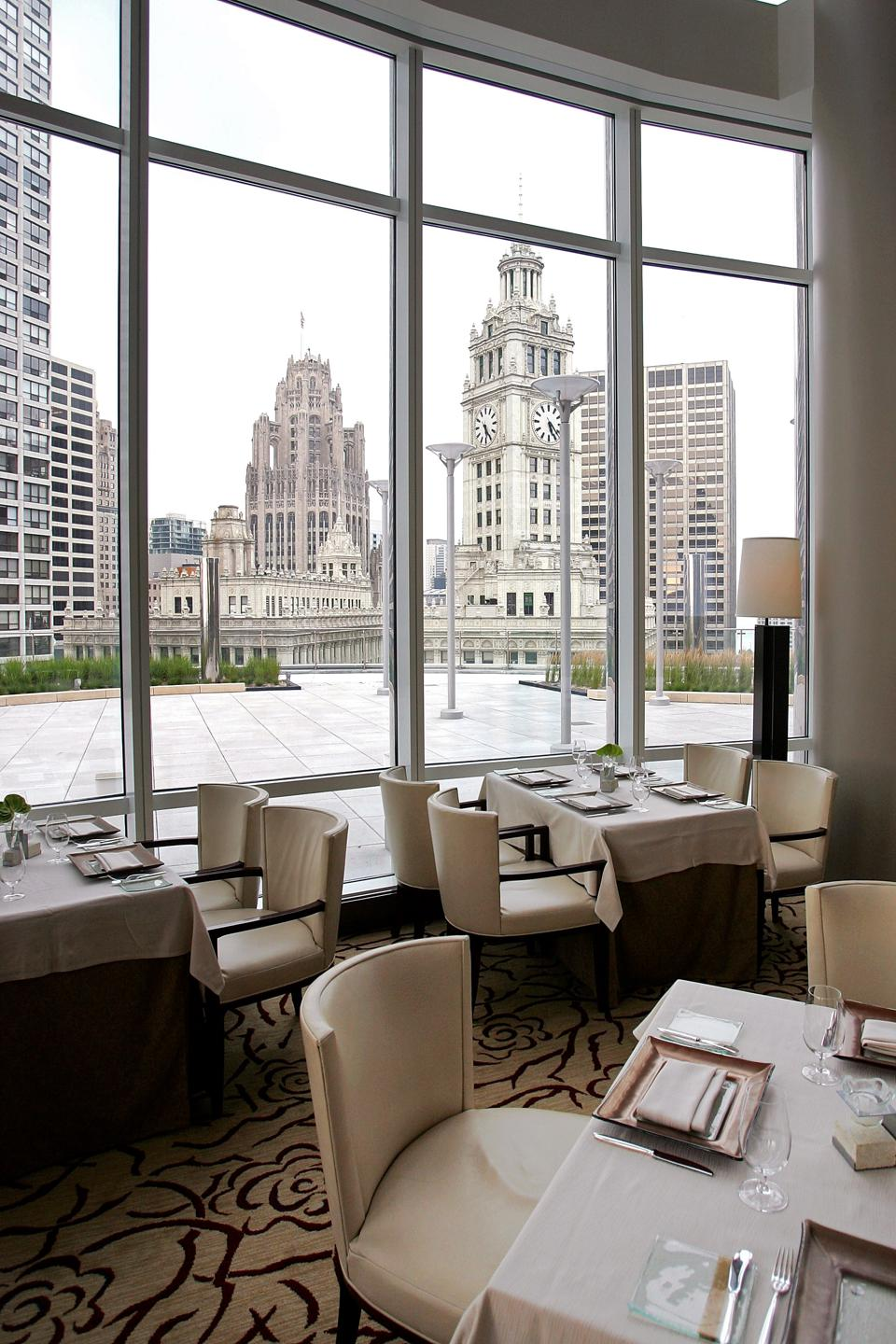 Online reservation battle heats up for opentable for 0pen table chicago