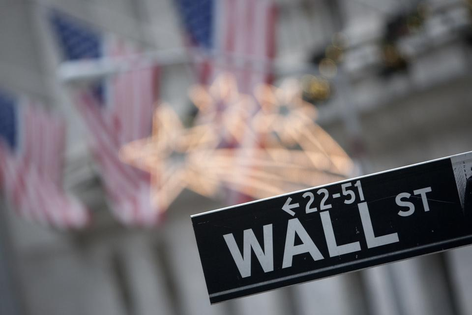U.S. Stocks, Dollar Decline