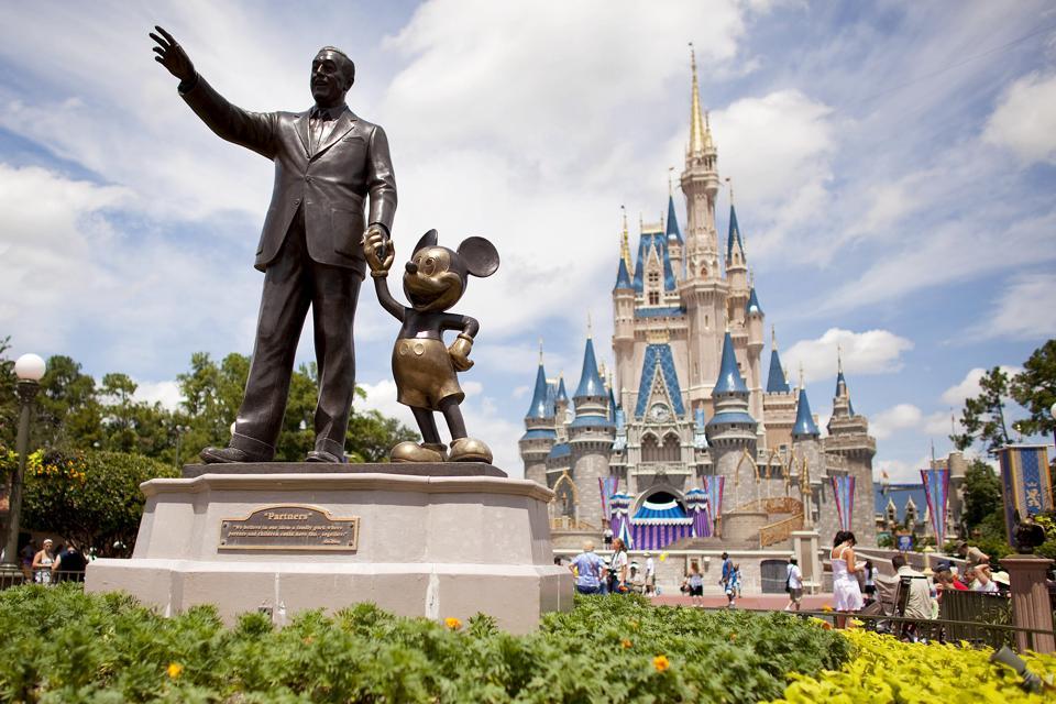 Walt Disney's Wisdom: 10 Customer Service Lessons