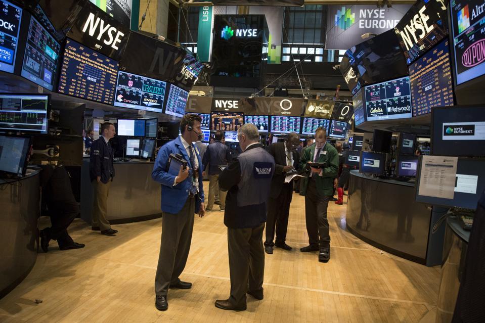 U.S. Stocks Fall as Investors Await Fed Signal on Stimulus Plans