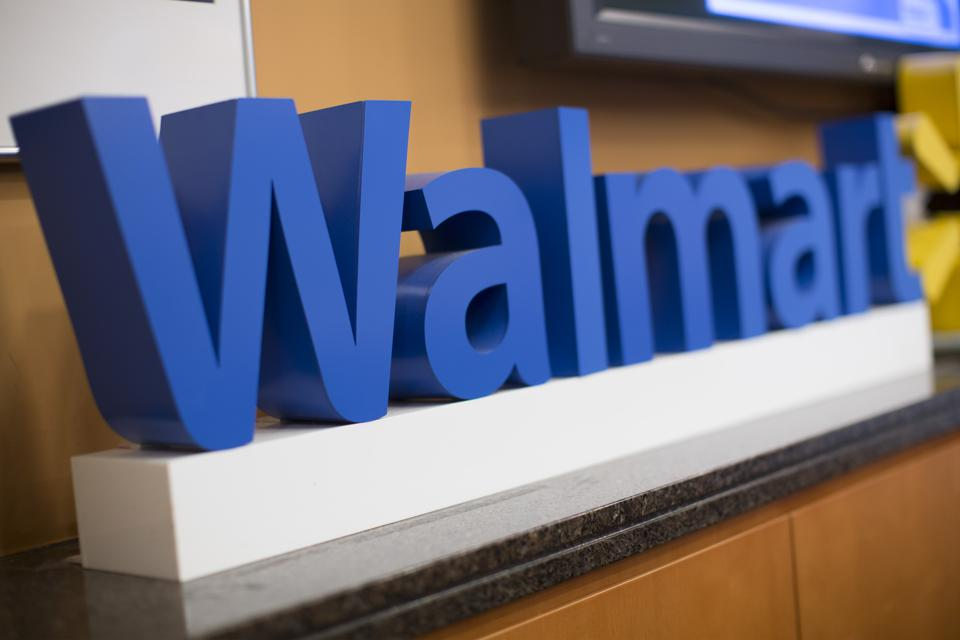 Wal-Mart and earnings and apparel and fashion