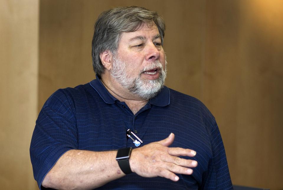 Steve Wozniak, co-founder of Apple was among those voicing concerns about Apple's & Goldman's algorithms