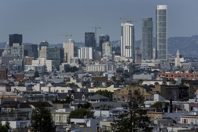 4 Signs That Silicon Valley's Tech Bubble Is Bursting