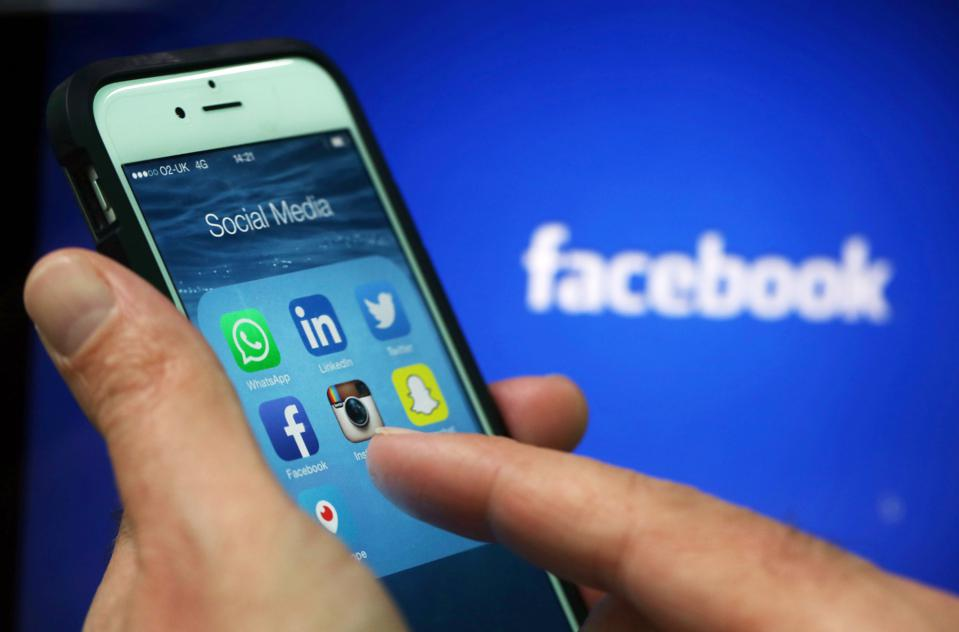 Report: Being Snarky On Social Media Isn't A Winning Play For Brands