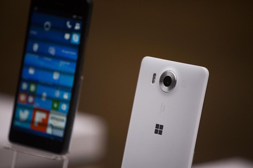 Microsoft Is Making Full Windows 10 Run On Mobile Processors From Qualcomm