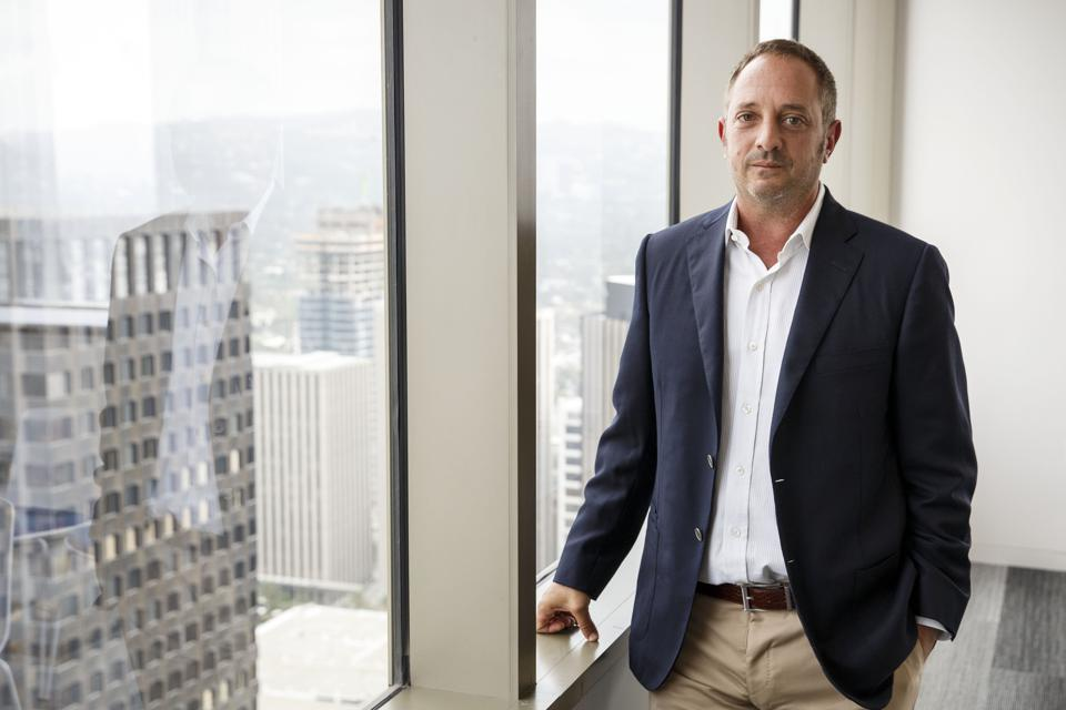 Interview with Andrew Left, Short Seller Behind Valeant Selloff on Enron Comparison