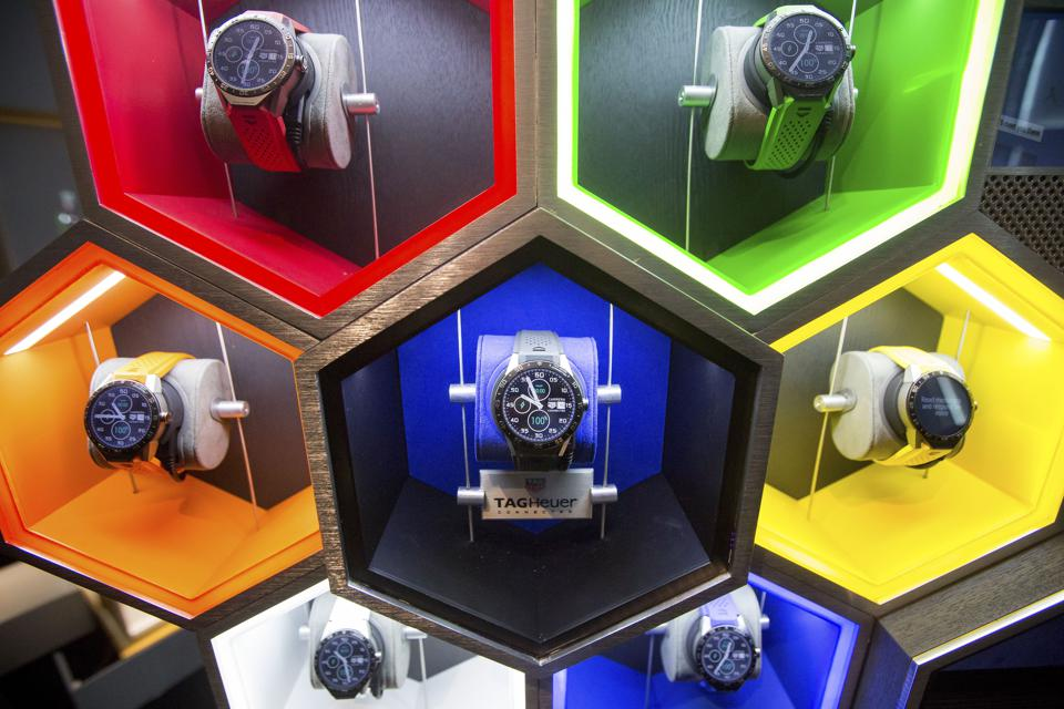 The LVMH TAG Heuer Smartwatch Is Released For Sale