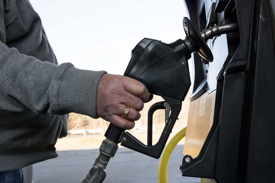 With Fuel Prices Low, President Obama Floats $10 Per Barrel Tax On Oil