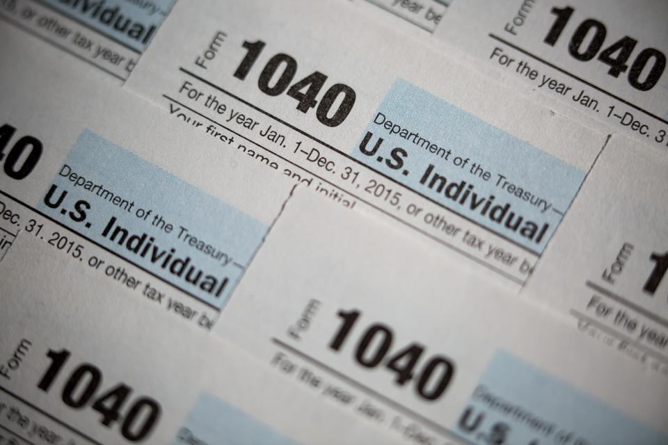 Most Americans Have No Savings But Loan The Government $200-300 Every Month