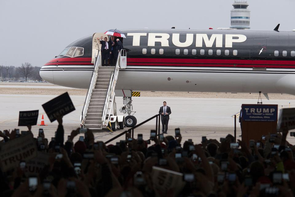 Trump Force One Vs. Air Force One [Infographic]