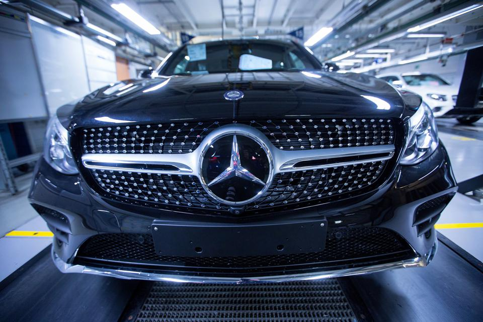 Your Future Uber Might Be A Self-Driving Mercedes