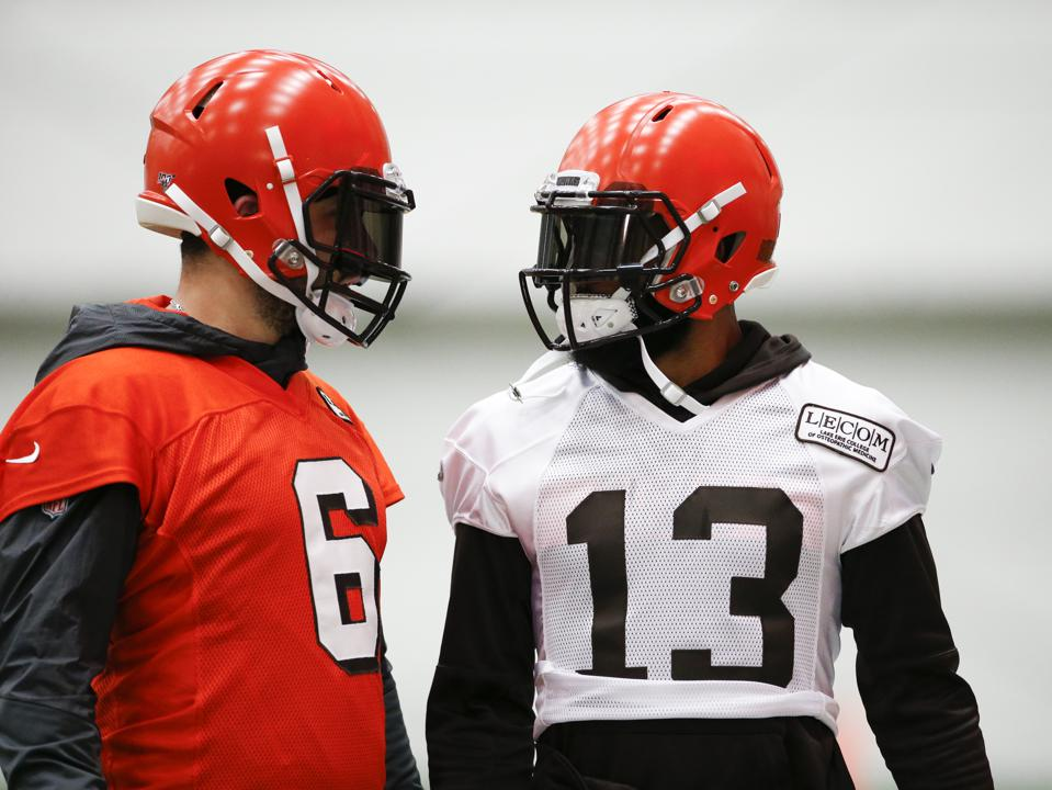 How Oddsmakers See The Cleveland Browns: The Story Of The Season In 3 Bets
