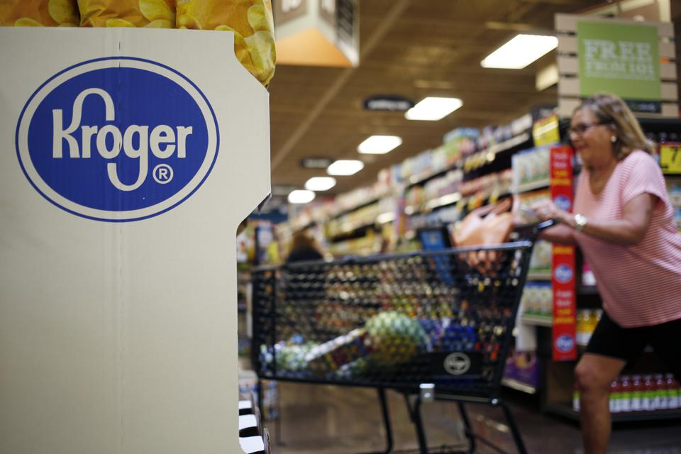 Kroger Sinks 17% As First Quarter Sales Fall And Forward Guidance Is Slashed