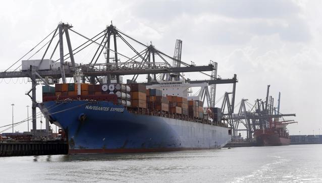 Logistics Bottlenecks Complicate The U.S. Plastics Boom