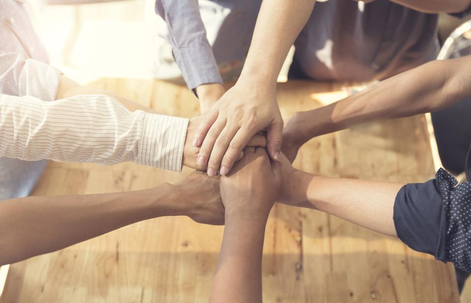 5 Tips For Improving Leadership Communication