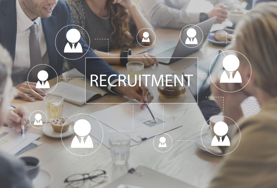 how to tell if a recruiter is lying