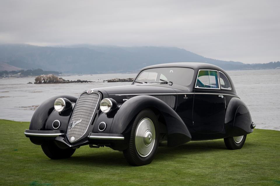 Here's An Inside Look At This Weekend's Pebble Beach Concours d'Elegance