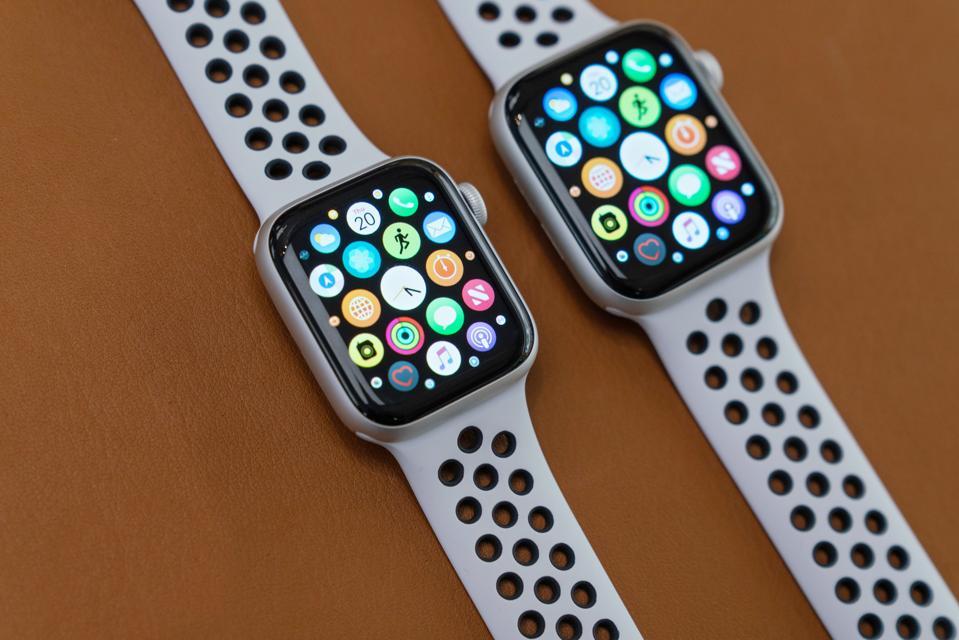 Apple Inc. Watch Series 4.