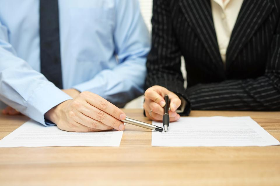 Five Times When You Absolutely, Positively Need An Employment Contract