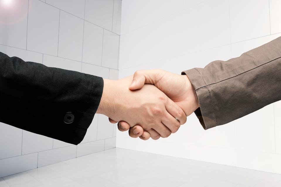 The 3 Keys To Relationship Building That Separate Mediocre Leaders From The Brightest And Best